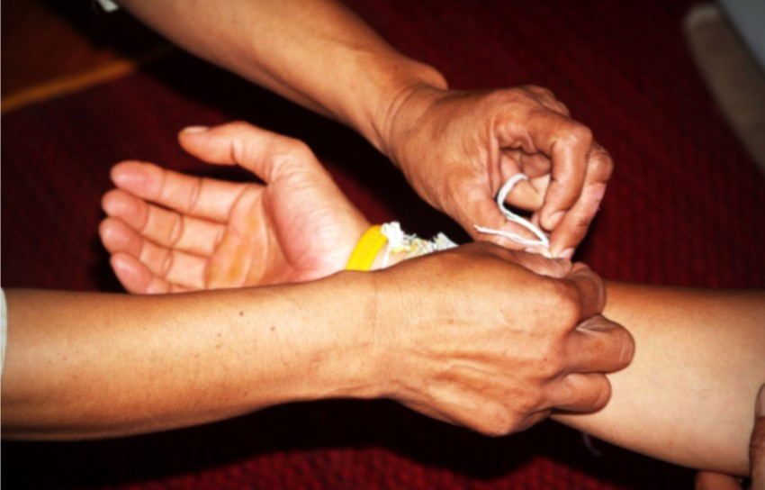 hand)