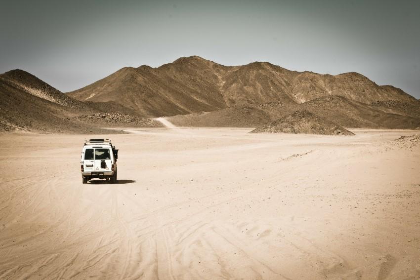 desert-169771_1920