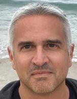 "Luis Font<br>CEO<br>Agile Sales<br><p><img alt="""" src=""https://www.barcelonadot.com/wp-content/uploads/2021/06/linkedin-icono.png"" style=""width: 40px; height: 40px;"" /></p>"