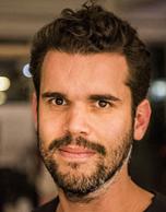"Tomas Diez<br>Director <br>Fab Lab Barcelona<br><p><img alt="""" src=""https://www.barcelonadot.com/wp-content/uploads/2021/06/linkedin-icono.png"" style=""width: 40px; height: 40px;"" /></p>"